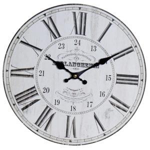 Reloj de pared fondo blanco