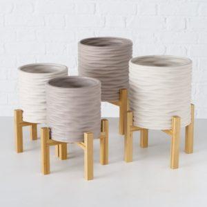 Macetero cerámica gris soporte madera